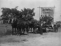 Wagon with the Federated Enginedrivers and Firemens Association banner Charters Towers ca.1914 (State Library of Queensland, Australia) Tags: slq statelibraryofqueensland work labourday eighthourday eighthourmovement wagon procession