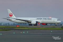 JA867J JL B789 34L YSSY-6872 (A u s s i e P o m m) Tags: mascot newsouthwales australia au japanairlines japan boeing b789 syd yssy sydneyairport