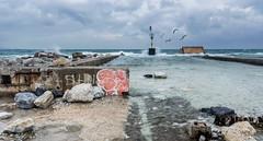 Al mal tiempo buena cara (svg74) Tags: sea seascape landscape málaga mar andalucía spain españa mediterráneo mediterraneansea