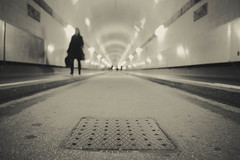 out of focus (moltofredo) Tags: bw black white sw schwarz weiss noiretblanc monochrome street streetlife streetphotography silhouette human urban perspektive perspective