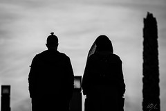 (whegedusich) Tags: april march norway oslo spring lovers couple muslim black white blackandwhite park walk vigelandsparken sunset dusk silhouette