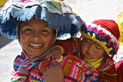 Quechua Mother and Child, Cuzco (Peter Cook UK) Tags: peru cuzco child mother colourful quechua