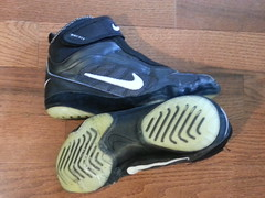 Nike Kolat 2k4s (Bald man clean) Tags: speed vintage shoes wrestling nike og asics adidas combat samples rare oe combatant wrestlingshoes p2s reversals takedowns greatcondition rulons 2k4s inflicts nikekolat flickrandroidapp:filter=none