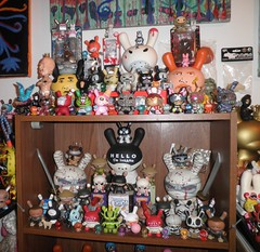 miscellaneous dunny pictures over the past year in the vaultroom (mikaplexus) Tags: art toy toys designer vinyl collection kidrobot collections vault collectible limited rare limitededition collectibles catchingup dunny arttoy signed toyroom designertoys arttoys designertoy toy2r rotofugi myplasticheart vinyltoys dunnys vaultroom pobbertoys