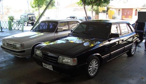 Dois Opalas Diplomata SE 1992