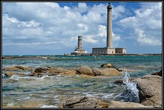 Le phare de Gatteville (LEPOLAU2008) Tags: mer france architecture nikon sigma normandie vague fr phare manche gatteville paysagemaritime zonerphotostudio capturenx2 nikond7000 sigma1770f1284macrodcoshsm