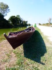 P1000109 (gzammarchi) Tags: lago strada barca italia ombra natura ferrara paesaggio lidodispina stradabianca bellocchio parcodeltadelpo