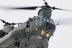 uk training unitedkingdom military hampshire equipment helicopter british hook chinook defense defence raf odiham gbr mk3 royalairforce hc3