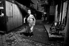 Snapshot_0302 (Huang Qing) Tags: street blackandwhite bw monochrome night 28mm streetphotography ricoh grd grd4