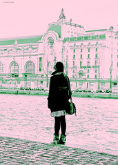 Before the d'Orsay. River Seine, Paris (MJ Reilly) Tags: winter paris france seine french nikon hiver femme musee fille orsay dorsay musedorsay lhiver d90 martinreilly