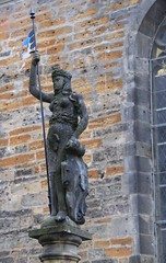 Interesting outfit! (Armored Eve??) (:Linda:) Tags: sculpture woman germany nude town flag thuringia figleaf arnstadt flagholder womansculpture