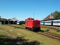 09-08-05 Wangerooge Ort Bahnhof 399 106 - 4 - 09 (tramfan239) Tags: bahnhof db wangerooge 399 diesellok 1000mm inselbahn faur schmalspurbahn