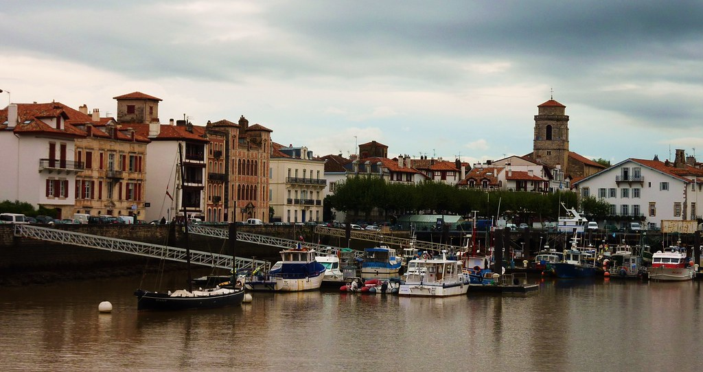 The world 39 s best photos of euskadi and spain flickr hive - Train biarritz to saint jean pied de port ...