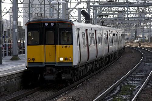 315814+315858 Arrive at Stratford
