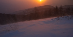 Snow storm under the foggy sunrise (Yoshia-Y) Tags: snow storm fog sunrise mtnyukasa