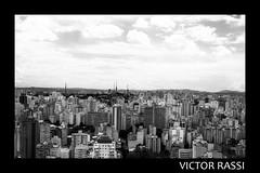 São Paulo (victorrassicece 2 millions views) Tags: cidade brasil canon américa sãopaulo paisagem urbano pretoebranco panorâmica américadosul 2014 paisagemurbana 20x30 terraçoitalia rebelxti canoneosdigitalrebelxti cidadebrasileira canonefs1855mmf3556is sãopaulodoalto