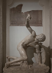 Wounded Warrior (Robert Wash) Tags: italy rome roma statue ancient italia roman antiquity woundedwarrior capitolinemuseums classicalantiquity torsoofdiscobolus