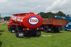 ESSO Bedford Oil Tanker (MNI-128) Stradbally Steam Rally 2016. (Roche B10M VanHool) Tags: esso bedford oil tanker mni128 stradbally steam rally 2016