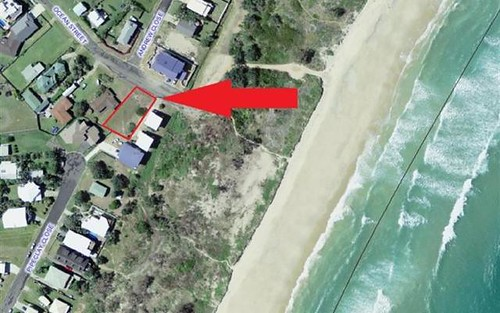 13 Ocean St, Corindi Beach NSW 2456