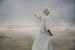 'Life' (Isabel Barranco) Tags: mar olas tormenta playa arena cañas abejas mujer comunión derviche naturaleza mediterráneo cielo gaviotas bailesea waves storm beach sand reeds bees woman communion nature mediterranean sky seagulls dance