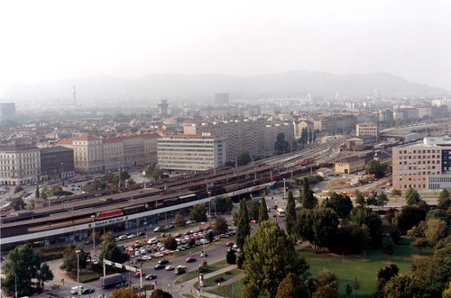 Wien_Nord_from_Riesenrad_Sept1992