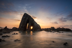 Vallina Beach 2 (bertigarcas) Tags: olympus omd em5 zuiko 918 paisaje landscape marina seascape beach playa vallina cudillero asturias españa spain atardecer sunset