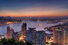 Devil's Peak, Hong Kong (mikemikecat) Tags: devils peak hong kong mikemikecat scenery sunset cityscapes 香港 九龍灣 日落 fe70200mf4goss sel70200g sony a7r 天空 夕陽 夕空 夕暮れ 魔鬼山 天際線 黃昏 twilight nightscape nightview night 夜景 magicmoment