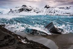 Svinafellsjökull (Caramad) Tags: water iceland gente hielo glacier agua suinafellsjökull ice