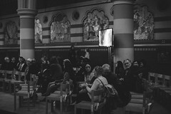 HTB_EASTER_MAUNDY-7 (holytrinitybrompton) Tags: htb htbchurch attendees church easter maundythursday queensgate