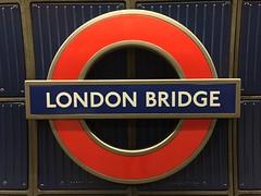 London Bridge roundel (cbcastro) Tags: sooc plaque roundel branding signage subway thetube londonunderground transportforlondon england london london2017 vacation travel