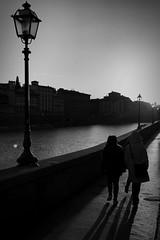 iPhone photo 25 (Jacopo Pandolfini) Tags: lamppost lampioni backlight controluce tramonto sunset arno fiume river gente people strada street bw blackandwhite bn bianconero biancoenero italia italy toscana tuscany florence firenze