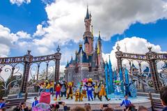 Disneyland Paris - Mickey presents: Happy Anniversary show, 20170426 (G · RTM) Tags: disneyland paris 25thanniversaryshow happyanniversaryshow mickey castle