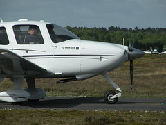 G-GCDB CIRRUS SR20 (BIKEPILOT) Tags: flying airport aircraft aviation aeroplane airfield aerodrome blackbushe cirrussr20 eglk ggcdb