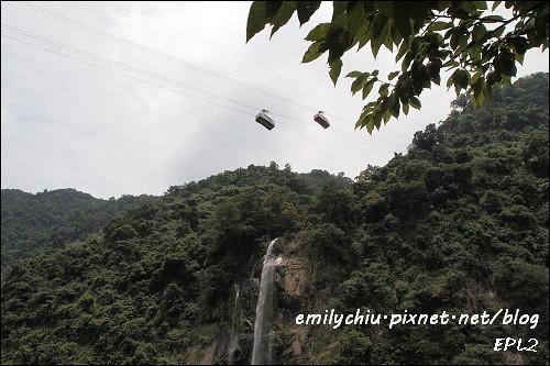 烏來瀑布與纜車