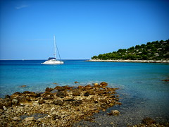 beach (D - 15 photography) Tags: holiday croatia blau hrvatska bucht dalmatia katamaran jezera murter