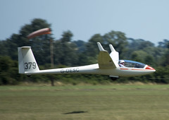 John Staley_LS4_379_G-DESC_20130801_0478 (Ron Smith Photography) Tags: aviation landing gliding glider takeoff bga bicester aerotow 379 ls4 airplanephotography aviationphotography aviationphotos aviationimages glidingphotos finalglide aviationpictures johnstaley bicesterregionals glidingcompetition windrushersglidingclub gdesc britishglidingassociation britishgliding glidingphotography gliderphotography glidingpictures glidingimages bicesterregionalglidingcompetition2013 bgagliding bicesterregionals2012