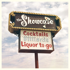 (Ben McCormick) Tags: az billiards cocktails yuma theshowcase benmccormick liquortogo wwwbenmccormickcom