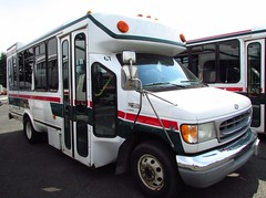 Kitsap Transit Access 2003 Eldorado Aerotech 967 (retired) (zargoman) Tags: travel bus sale auction used transportation transit shuttle access aerotech thor retired minibus kitsaptransit eldoradonational paratransit