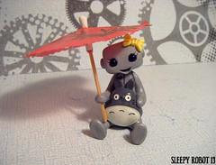My Friend Totoro Robot (Sleepy Robot 13) Tags: cute robot diy handmade robots polymerclay fimo comicbook kawaii sculpey etsy urbanvinyl marvel sculpting smallbusiness sleepyrobot13 polymerclayurbanvinylsleepyrobot13etsysilvercraftcraftscraftingsculptingsculpturefigurinearthandmadecraftshowcutekawaiirobots