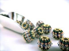 Beaded Beads and shovel (SeaMowse) Tags: macro closeup handmade jewelry swarovski etsy za easyshare swarovskicrystal artscrafts seedbeads beadstringing handmadejewelry beadweaving beadwoven littlebigshot pixelmator kodakeasysharec182
