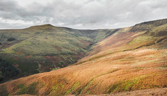 Grindslow Knoll (@john00taylor [Real Yorkshire Crit]) Tags: mountain river waterfall rocks plateau district peak kinder valley brook moor knoll edale grindslow