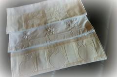 PaNoS De PrAtO (DoNa BoRbOlEtA. pAtCh) Tags: white branco handmade application aplicao panosdeprato donaborboletapatchwork denyfonseca
