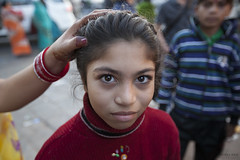 Girl in the market - Jaipur, India (JeffreyRoss) Tags: street india girl child market jaipur