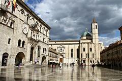 (claudiophoto) Tags: rain pioggia marche ascoli centrostorico ascolipiceno regionemarche fotodellemarche piazzadiascoli piazzedellemarche