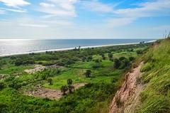 Angolan coast, Zaire province (jbdodane) Tags: africa bicycle cycling cliffs palmtrees atlanticocean velo vlo angola cyclotourisme cycletouring day459 zaireprovince freewheelycom