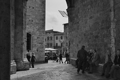 S.Gimignano (Si)' b&w (Zeghe.) Tags: italy nikon italia siena nikkor toscana italie d600 sgimignano zllrrt rz61