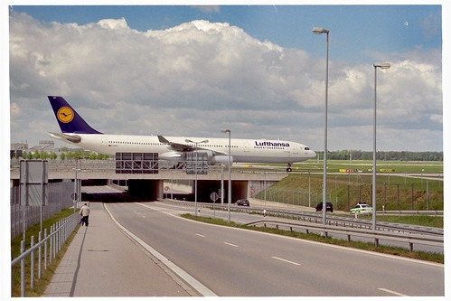 Airbus A340 (D-AIGY) from Lufthansa at Munich International Airport, Bavaria, Germany