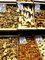Boqueria (Chicco_lina81) Tags: boqueria mushrooms nature spain spagna espana bcn barcelona barcellona market coveredmarket markt