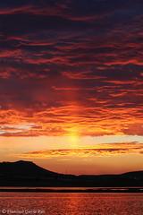 Catarsis crepuscular. / Twilight Catharsis. (Recesvintus) Tags: pétrola albacete spain españa crepúsculo twilight puestadesol sunset dusk atardecer landscape paisaje outdorr airelibre sky cielo clouds nubes cloudy nuboso orange naranja red rojo recesvintus sooc sootc