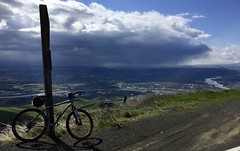 Valley Squall from the Spiral Hwy (Doug Goodenough) Tags: bicycle bike ride cycle squall storm clouds lewiston clarkston valley pedals spokes salsa fargo spring 2017 april drg53117 drg53117p